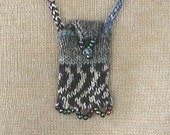 Knit Pendant Bag for Keys, Treasures and the Tooth Fairy