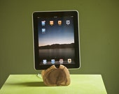 There is still time 4 Dad's Day----iPhone/iPod/iPad docking station