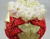 Quilted Chrismas Ornament, Red, Pink and Gold - 633