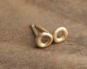 14k Y Gold Circle Stud Earrings