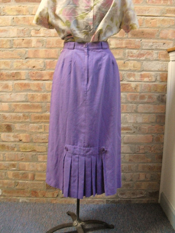 SALE Vintage Long Lavendar Skirt with Pleating Detail