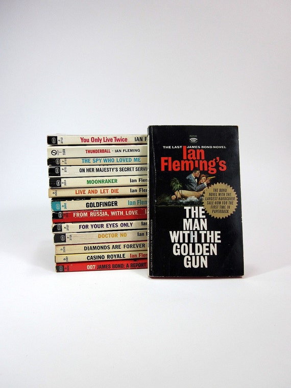 Complete Paperback Set of Ian Fleming's James Bond Thrillers 60s