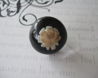 ON SALE  The Trapped Rose Ring