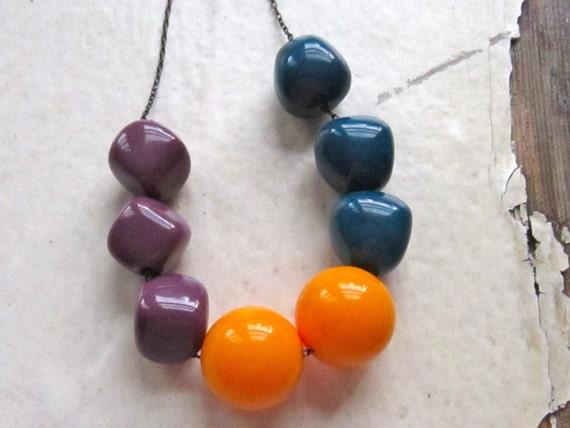 bead necklace, vintage lucite beads. haze