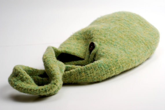 Round the Town Shoulder Bag - Heathered Green Felted Wool