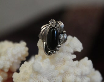 Native american indian ring with black onyx in sterling silver - double leaf and flower -- light patina SALE FREE SHIPPING