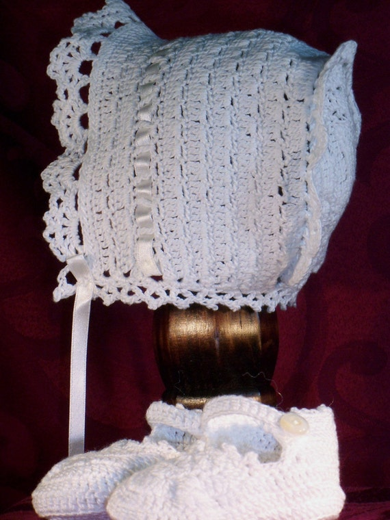 Crochet Baby Bonnet And Booties Pattern : Heirloom Crocheted Baby Bonnet and Bootie Set