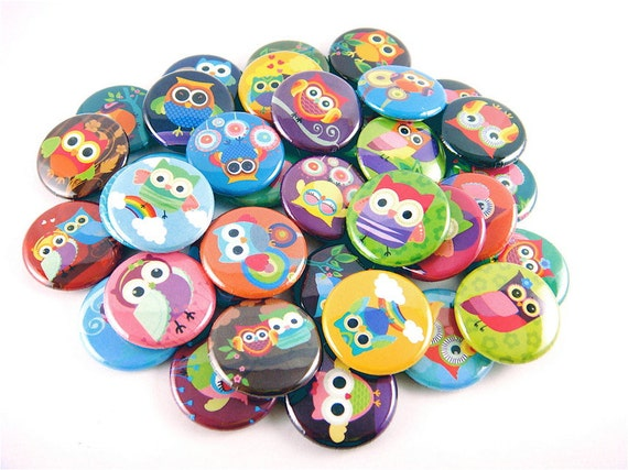 Owl Buttons (set of 36) Pinback Buttons, Rainbow Owl Pins, Owl Party Favors, owl birthday party