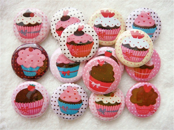 Cupcakes and Hearts Buttons - PINBACK buttons - Valentines Day - Polka Dots (Set of 60) - Cupcake Party Favors