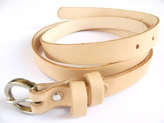 LAST ONE IN STOCK - Skinny Leather Belt in NUDE SHADE