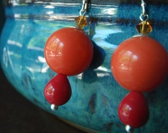 Vintage lucite earrings with orange rounds and cherry red teardrops