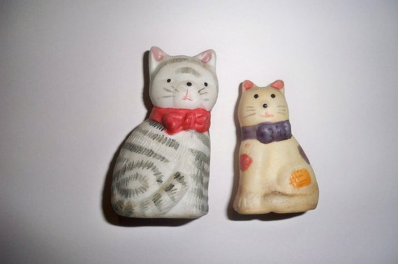 Bisque Cat Salt and Pepper Shakers