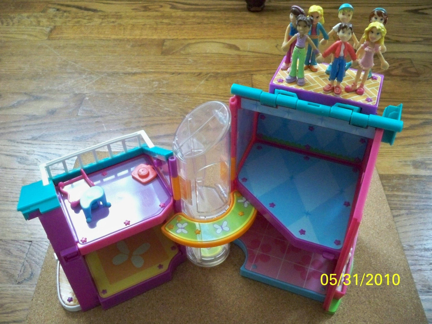 Polly Pocket Magnetic House With Dolls Vintage Polly Pocket