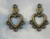 20 Heart 5 Dangle Charm Drops Antique Bronze - Great for Earrings - (P570)
