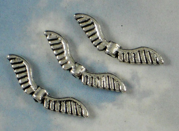 12 Soaring Wings Antique Tibetan Silver Tone Spacer Beads 26mm - Bird or Angel (P271)