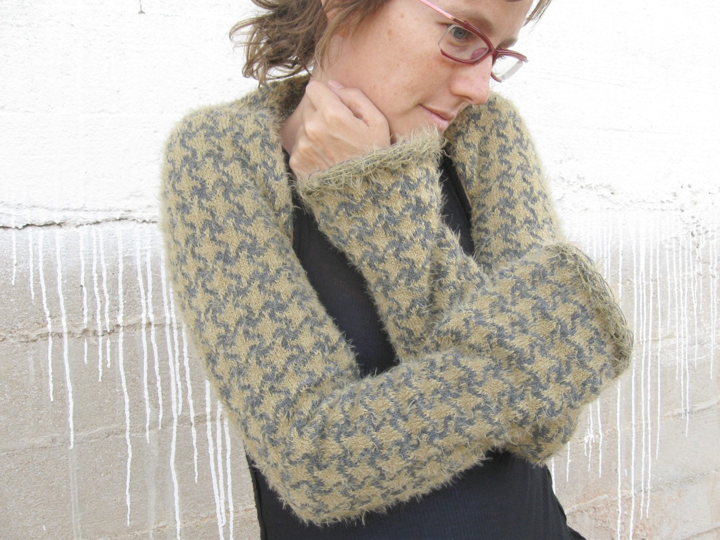 Long Sleeved Shrug Knitting Pattern : LONG SLEEVED KNITTED SHRUG with squares pattern