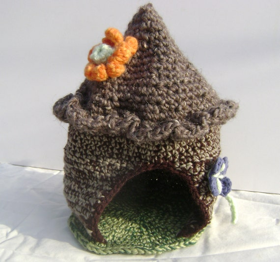 Gnome Fairy Elf home house with Flower decorations.  Waldorf inspired. Hand Crocheted FREE SHIPPING
