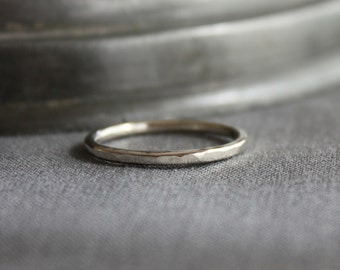 recycled white gold wedding ring | skinny hammered white gold band | ecofriendly wedding ring