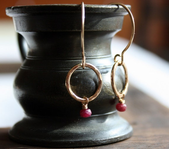 gold and ruby circle earrings- negative space mini