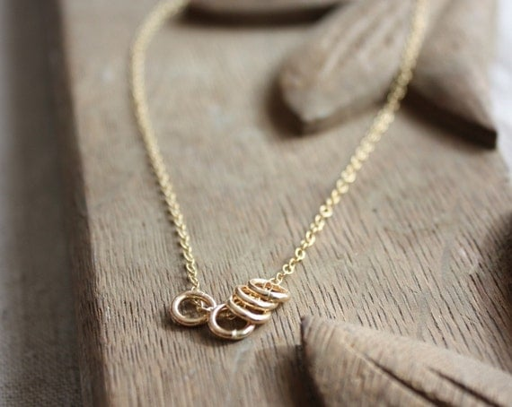 five gold rings necklace | quintet gold necklace | delicate gold necklace | everyday necklace