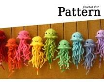 Pattern: Hanging Amigurumi Jellyfish