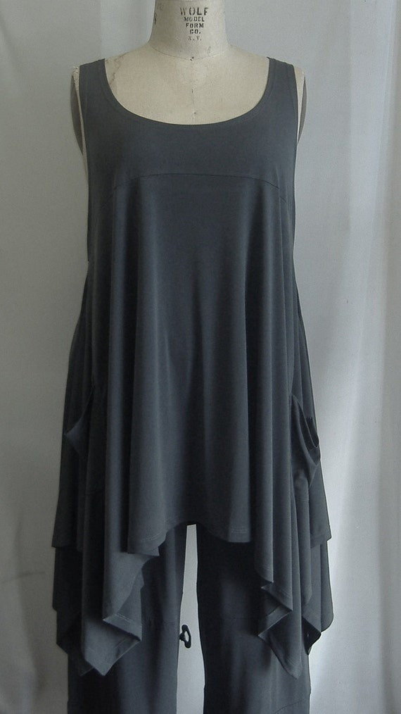 Coco and Juan Plus Size Top Lagenlook Layering Tunic Tank Top Stone Gray Traveler  Knit Size 1 Fits 1X,2X  Bust  to 51 inches