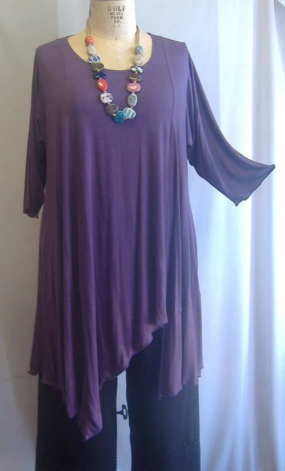 Coco and Juan Plus Size Asymmetric Tunic  Top Lavender Knit Size 1 (fits 1X,2X)   Bust 52 inches