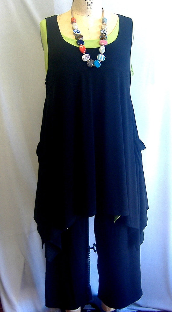 Coco and Juan Plus Size Top Lagenlook Layering Tunic Top Black Traveler  Knit Size 2 Fits 3X,4X  Bust  to 60 inches