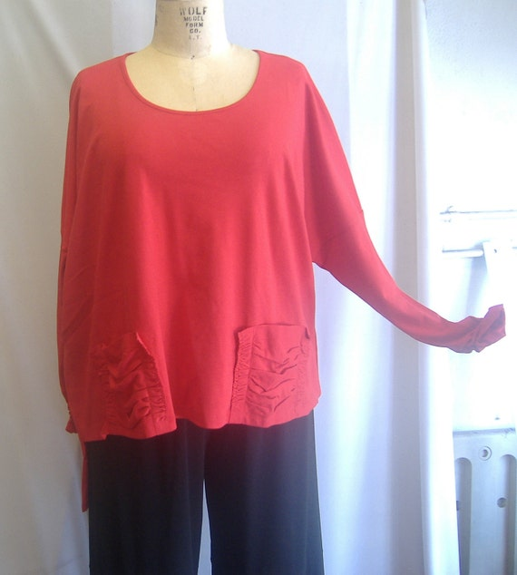 Coco and Juan Lagenlook Plus Size Top Cherry Red Knit tunic top Size 2  Bust  61 inches