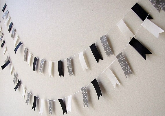 Party Bunting D - black and white