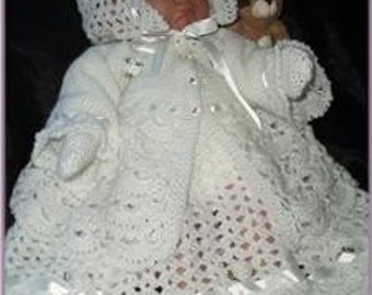 Exquisite Crochet Pattern for a Newborn Christening Outfit