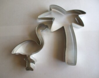 """5"""" Palm Tree with Flamingo Cookie Cutter set"""