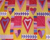 HEARTS ALL AROUND valentine quilt