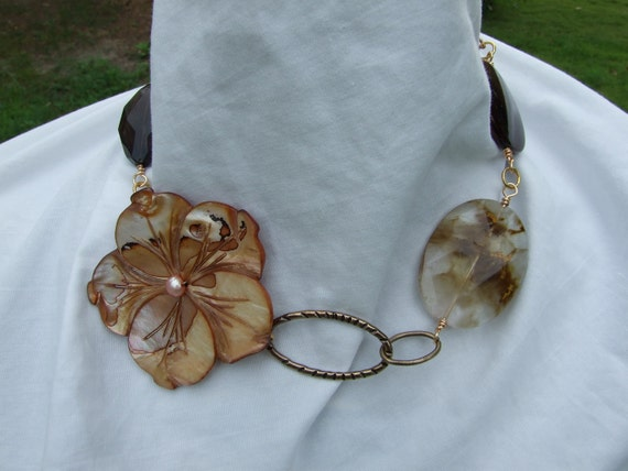 Sand and Shell Flower necklace
