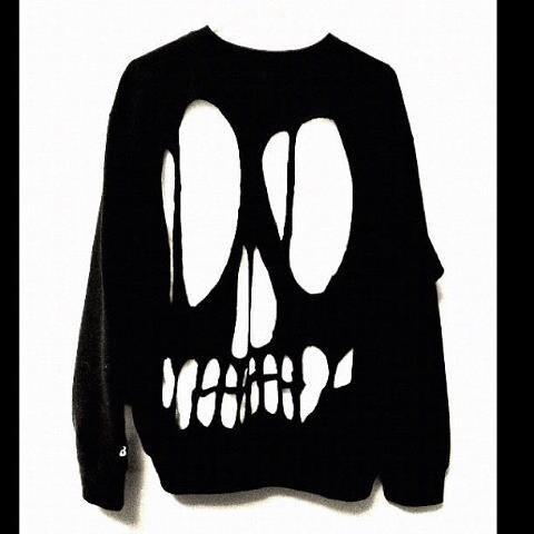 Skull Cut Out Oversized Sweatshirt Punk diy by tiffanymamone