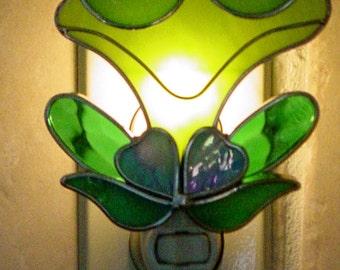 Froggy on a lily pad night light
