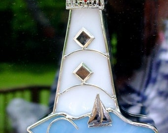 Great little lighthouse to add the seashore look to your place at the shore.