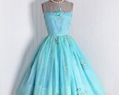 1950's Vintage Turquoise Baby-Blue Roses Embroidered-Garden Floral Silk-Organza Couture Sheer Strapless-Illusion Sleeveless Nipped-Waist Rockabilly Ballerina-Cupcake Princess Full Swing Circle-Skirt Bombshell Wedding Formal Cocktail Party Dress