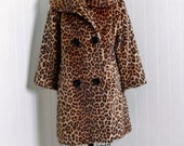 1950's Vintage Leopard Animal-Print Novelty Faux-Fur Couture Wide-Collar Bombshell Double-Breasted Rockabilly Princess-Swing Jacket Coat