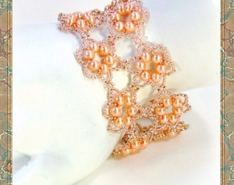 Beadweaving - Beadwork - Seed Bead Jewelry -Beadwoven Pearls in Peach Bracelet
