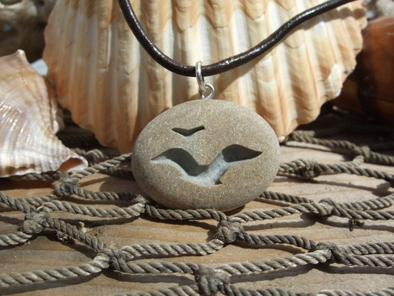 Seagulls in Flight - engraved Beach Stone Pendant - Lovers of the beach and open Sea necklace