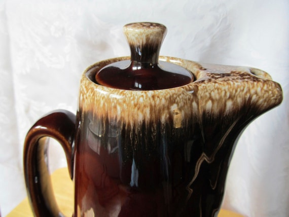 Vintage Hull Brown Drip Coffee Pot/Pitcher - Drip Glaze