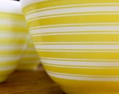 Yellow Stripe Pyrex Bowls Set of 4 Hard To Find 1 1/2 Pints 401 Excellent