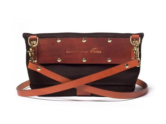 Handbag in Mahogany with detachable strap