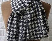 Knitted scarf women men merino wool white  black tweed houndtooth pattern