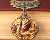 Smaug II - Pink golden dragon necklace - Elysia