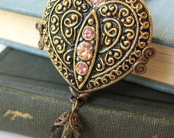 Jet Black Heart - Black glam heart necklace - Elysia