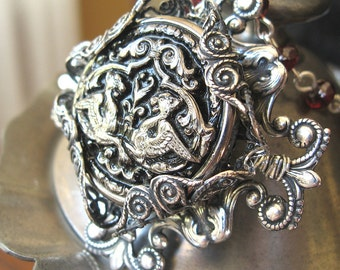 Princeling - Silver griffin filigree necklace - Elysia