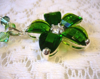 Holiday Green Flower Bling Sterling Necklace  Free Shipping