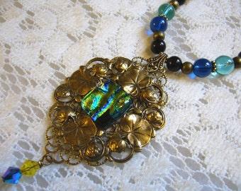 Midnight Gleam Victorian Necklace
